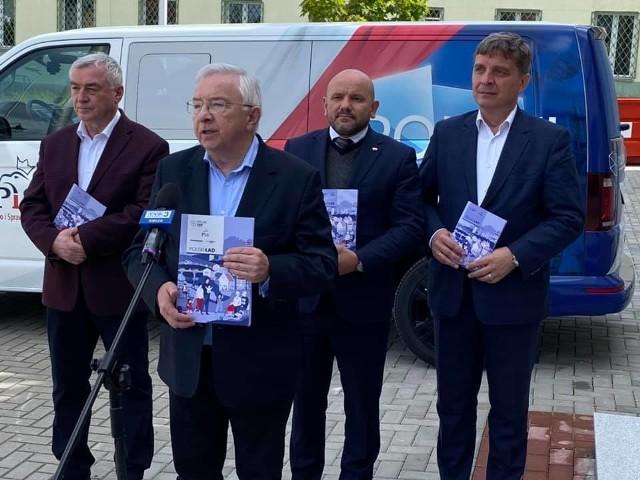 Krzysztof Lipiec, Mariusz Gosek, Andrzej Bętkowski i Andrzej Pruś w Skarzysku