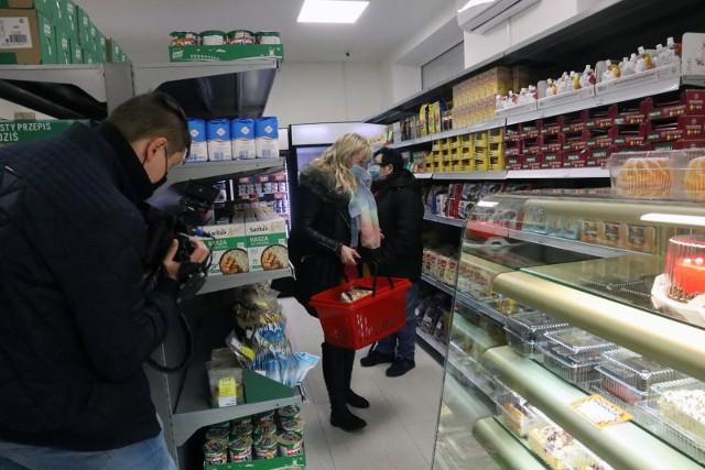 Sklepy socjalne z powodzeniem działają w Europie Zachodniej. Dotarły również do Polski, kilka dni temu taki sklep został otwarty m.in. w Legnicy