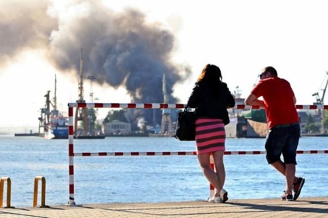 Pożar w Stoczni Marynarki Wojennej w Gdyni