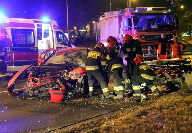 Wypadek taksówki na ul. Krzywoustego we Wrocławiu - 10.10.2015