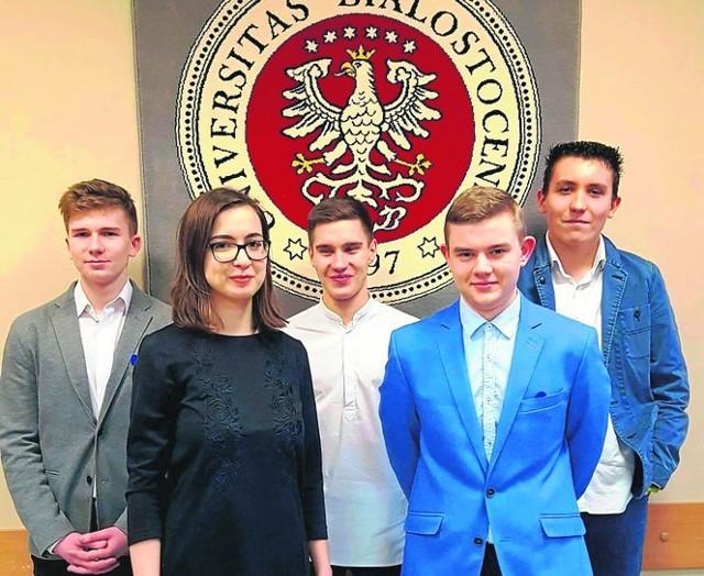 Na zdjęciu od lewej: Jakub Kawalerski, Agata Żelek, Eryk Szajda, Paweł Daroszewski i Bartosz Lusiak