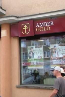 Raport ws. Amber Gold: wczesna reakcja państwa uchroniłaby tysiące osób.