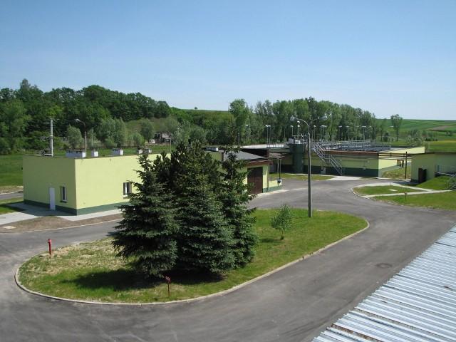 Na terenie oczyszczalni ścieków w Słomnikach powstaje nowy Punkt Selektywnej Zbiórki Odpadów Komunalnych, a latem tego roku rusza prace przy modernizacji samej oczyszczalni