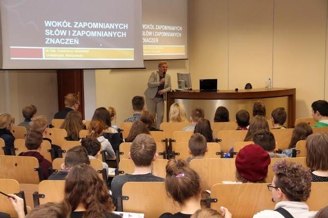 Festiwal Nauki odbywa się w Dąbrowie Górniczej od lat. Tym razem w większości będzie miał charakter spotkań online Zobacz kolejne zdjęcia/plansze. Przesuwaj zdjęcia w prawo - naciśnij strzałkę lub przycisk NASTĘPNE