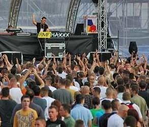 Tak na Sunrise Festival bawili się fani muzyki technicznej w zeszłym roku.