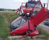 Dramat na drodze w Dąbrowie w gminie Pawłów. Reanimacja nie pomogła. Kierowca zmarł