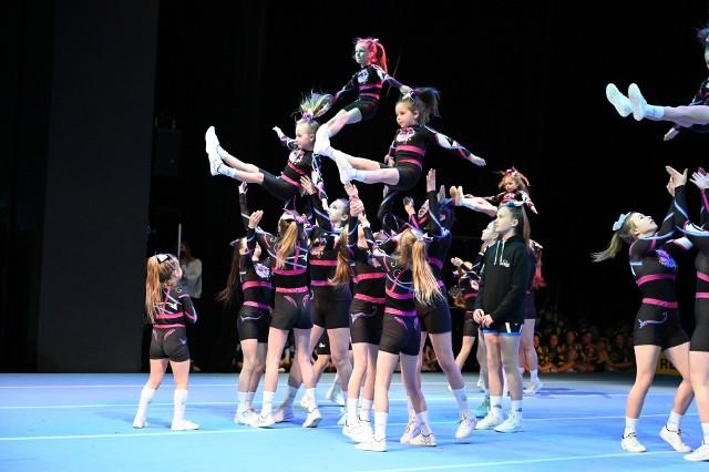 W czwartek 6 maja w Kieleckim Teatrze Tańca rozpoczęły się 4. Mistrzostwa Polski w Cheerleadingu Sportowym - Kielce 2021.