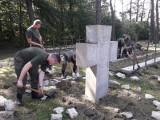 Kotowice: polscy i niemieccy żołnierze wspólnie porządkują Zabytkowy Cmentarz Wojenny ZDJĘCIA