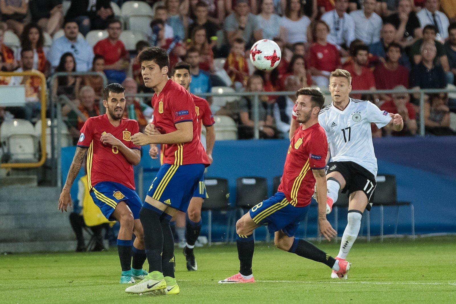 0f4c09040 La Furia Roja pełna furii po Euro. Hiszpania przystępuje do walki na ...