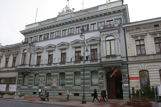 Prawie 170 tys. zł kosztowały budżet Łodzi służbowe wyjazdy prezydentów miasta i najważniejszych miejskich urzędników.