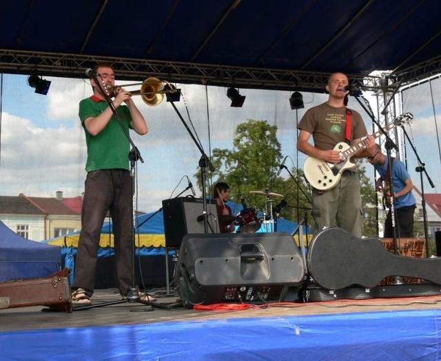 Tysiące tarnobrzeżan i gości z okolicznych miejscowości odwiedziło w ostatni weekend Plac Bartosza Głowackiego, gdzie atrakcją były między innymi koncerty.