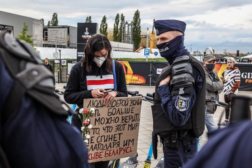Demonstracja poparcia dla białoruskich opozycjonistów przed...