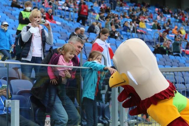 Kibice oglądali na Stadionie Śląskim zmagania lekkoatletów w Drużynowych Mistrzostwach EuropyZobacz kolejne zdjęcia. Przesuwaj zdjęcia w prawo - naciśnij strzałkę lub przycisk NASTĘPNE