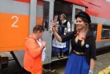 22. Światowy Zjazd Kaszubów w Pucku. 21.08.2021 r. Przyjadą kaszubskim pociągiem Transcassubia. Sprawdź rozkład jazdy