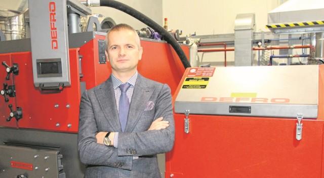 - Stawiamy na rozwój, nowoczesne technologie i ekologię - mówi Robert Dziubeła, właściciel Przedsiębiorstwa Wielobranżowego DEFRO w Rudzie Strawczyńskiej.