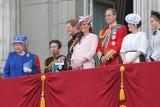 Dlaczego Brytyjczycy tak bardzo kochają monarchię? Mają co najmniej 7 powodów