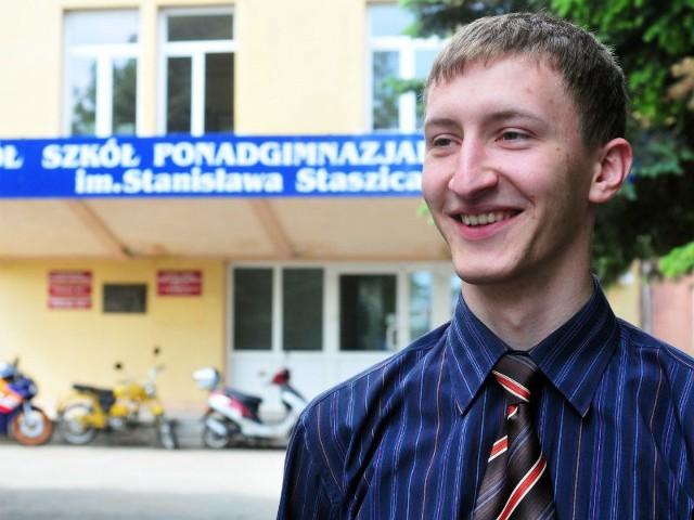 – Jeszcze nie wiem, na jaką politechnikę wybiorę. Rozważam Poznań, Lublin i Rzeszów – mówi Kamil.
