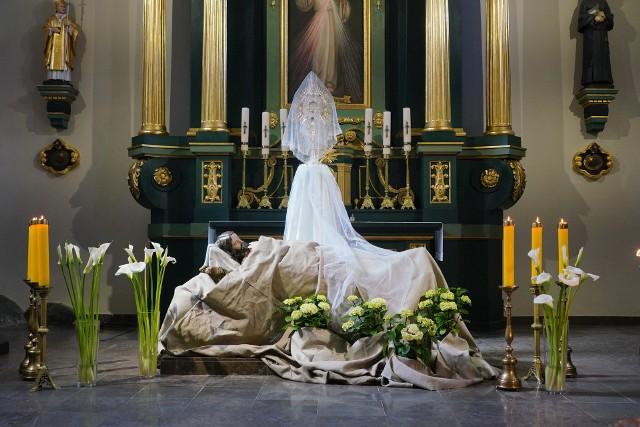 Grób Pański w Kościele św. Antoniego Padewskiego.Zobacz więcej zdjęć ---->
