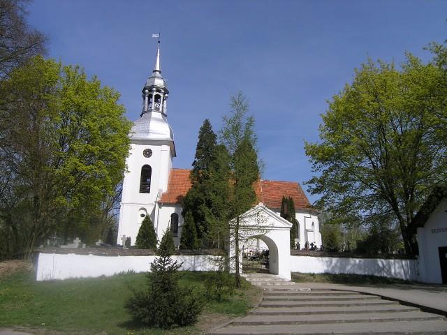 W Ostromecku zaplanowano prace na dachu kościoła. Dodatkowo  specjaliści od renowacji zająć się mają marmurową posadzką świątyni