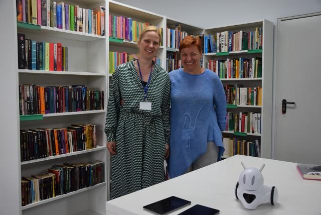 Kornelia Waloch i Marzena Wańtuch nie ukrywają radości z uruchomienia nowej filii biblioteki Norwida przy ul. Makowej w Zielonej Górze.