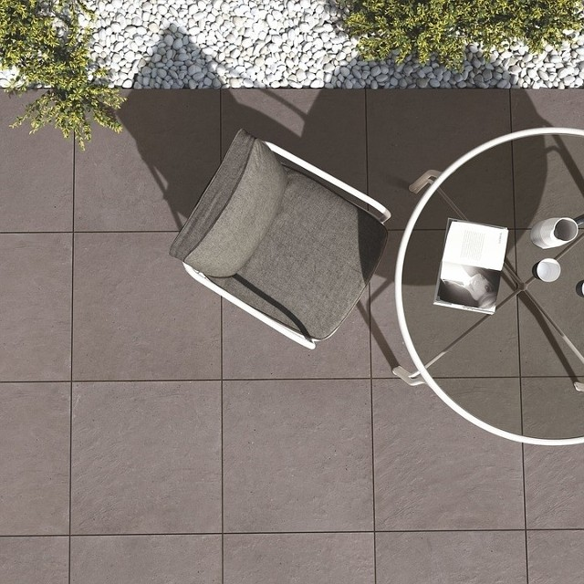 Płytki tarasowePłytki balkonowe i tarasowe też wymagają pielęgnacji i to nawet bardziej niż te w kuchni oraz łazience.