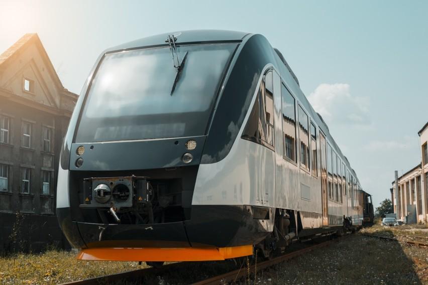 Później nie pierwotnie zakładano ruszy bezpośrednie połączenie kolejowe Przemyśla (Medyki) z Pragą, czeską linią Leo Express. Obiecująco wyglądają warunki, w jaki będą podróżować pasażerowie.