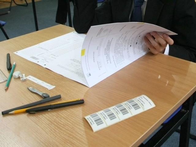 Odpowiedzi z testu z języka angielskiego i niemieckiego podamy tuż po zakończeniu egzaminu gimnazjalnego