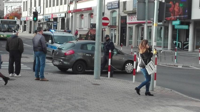 Jak się okazało samochód został zaparkowany na ulicy...