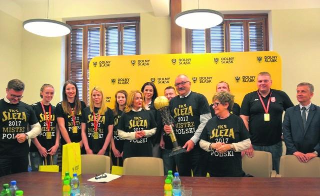 W tym roku zarząd województwa dolnośląskiego przekazał 20 tysięcy złotych koszykarskiej Ślęzie Wrocław