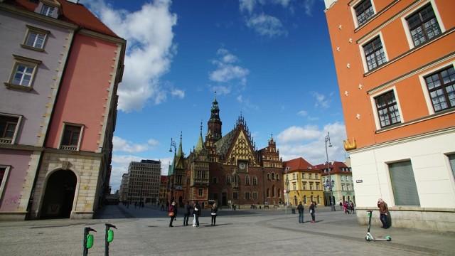 Rozlicz swój PIT we Wrocławiu. W tym roku jest to wyjątkowo ważne.