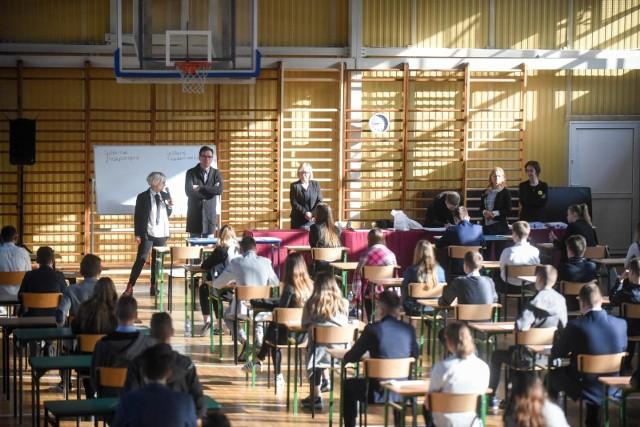 Egzamin gimnazjalny 2019. Matematyka i przedmioty przyrodnicze