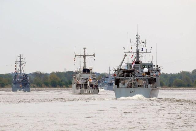 Rozpoczęła się operacja Solidarna Bellona – manewry sił NATO na Bałtyku z udziałem polskich okrętów, lotnictwa i jednostek brzegowych.