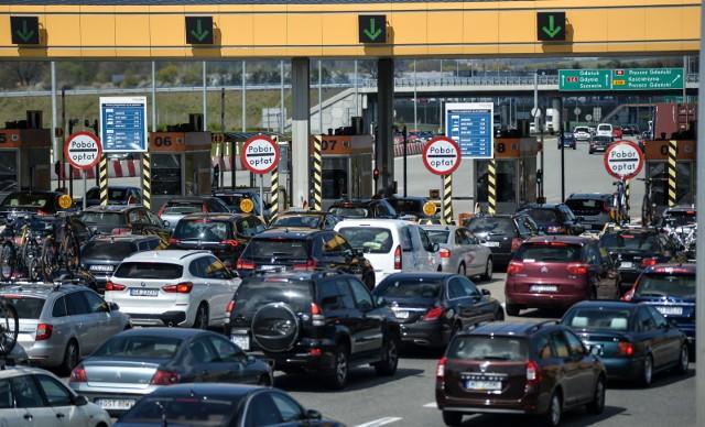 Przemieszaniu się samochodem po kraju będzie sprzyjać poprawa infrastruktury.