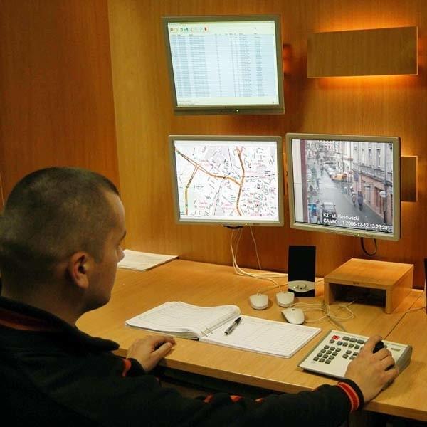 Centrum rzeszowskiego monitoringu znajduje się w Komendzie Miejskiej Policji