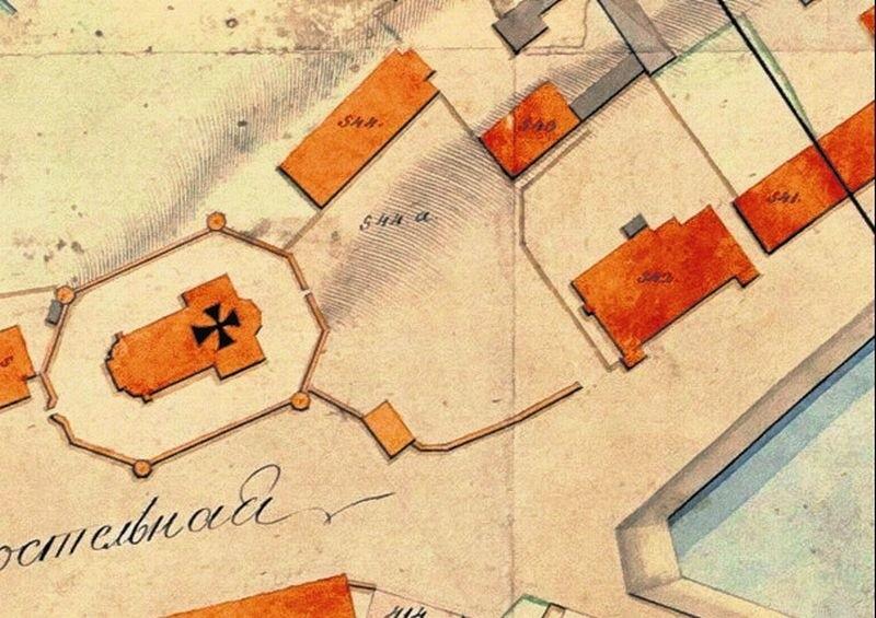 """Plan Białegostoku z 1810 r., na którym jest już widoczny dom gościnny Samuela Chrystiana Hoenigke o nr 542 (fragment mapy udostępniony przez Centrum im. Ludwika Zamenhofa, cała mapa została opublikowana w książce """"Bojary 3"""")."""