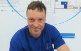 Tak wygląda praca z chorymi na covid w szpitalu w Kielcach. Lekarz: Na moim oddziale każdy przytomny pacjent dostaje leki przeciwdepresyjne