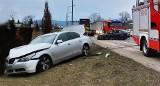 Dwie osoby ranne. Dwa auta rozbite. Zablokowane drogi krajowe nr 75 i nr 28