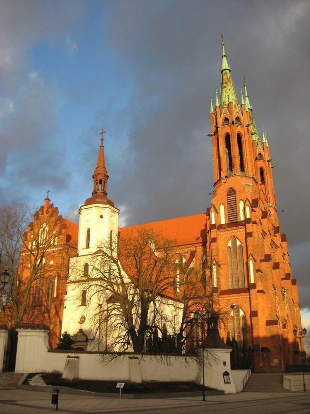 Tegoroczna piesza pielgrzymka kobiet do Świętej Wody wyruszy w sobotę 23 maja o godz. 14 spod białostockiej katedry.