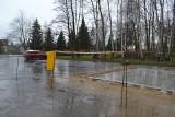 Sosnowiec. W Parku Kuronia budują pawilon na parkingu. Wypożyczymy tutaj rowerki czy gokarty. Miejsc na samochody będzie jeszcze mniej