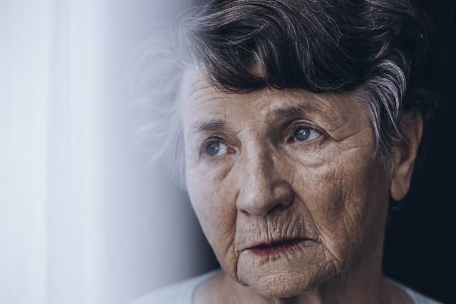 Izolacja z powodu koronawirusa dla seniorów potrwa nawet do 2021 roku?