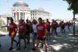 Macedonia - Polska. Polscy kibice w Skopje przed meczem w większości zachowywali się spokojnie, chociaż doszło do awantury w restauracji