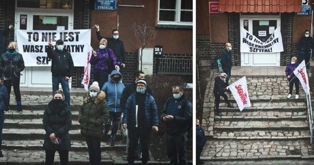 Protestujący w Ciborzu, podczas rozmów z dyrekcją szpitala w Ciborzu, 3 marca