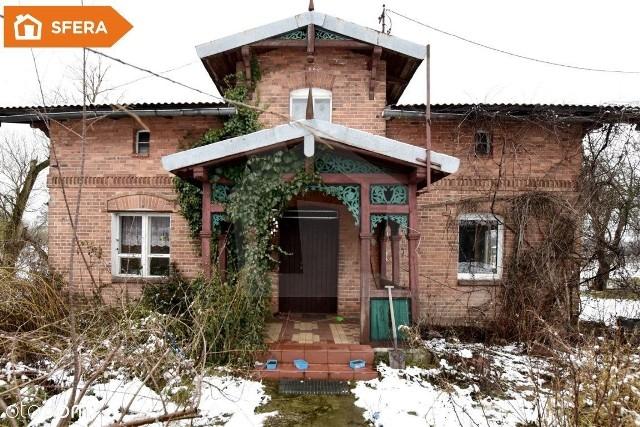 WAŁDOWO KRÓLEWSKIE, POWIAT BYDGOSKICena: 299 000 złGospodarstwoPowierzchnia domu: 90 m kw.3 pokojePowierzchnia działki: 11 710 m kw.https://www.otodom.pl/pl/oferta/siedlisko-1-1ha-z-domem-i-budynkami-gospodarczymi-ID49U7A.html#6262842be5