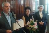 Nagroda dla Olgi Tokarczuk. PiS wychodzi z sali