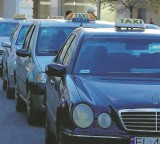 Taksówki zjadą  przed magistrat