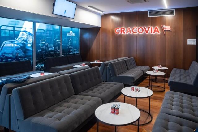 Na stadionie Cracovii otwarto nową strefę VIP, był tez mecz, który oglądali piłkarze pierwszej drużyny