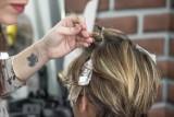 Fryzjerka z Koszalina, która czesała klientów podczas lockdownu, nie zapłaci kary