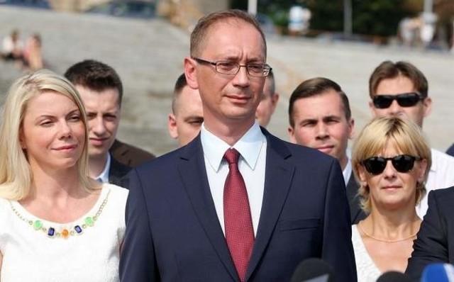 Łukasz Tyszler, kandydat PO na prezydenta zarzucił obecnemu prezydentowi, że nie dba o przyciąganie inwestorów do Szczecina.