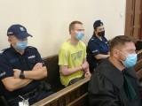 """Łódź. Proces w Sądzie Okręgowym o wyłudzanie pieniędzy od starszych osób za pomocą metody """"na policjanta"""""""
