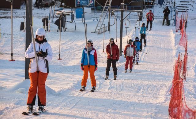 Szczęśliwie tuż przed rozpoczęciem ferii udało się uruchomić wyciąg narciarski w Myślęcinku
